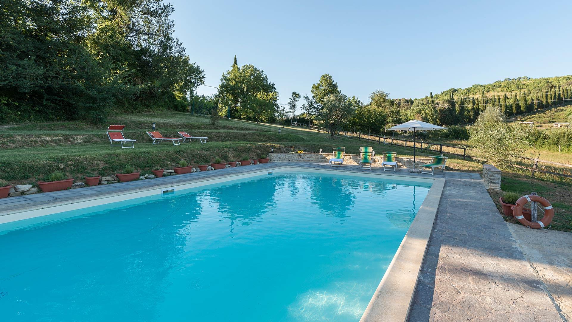 agriturismo-san-giovanni-piscina