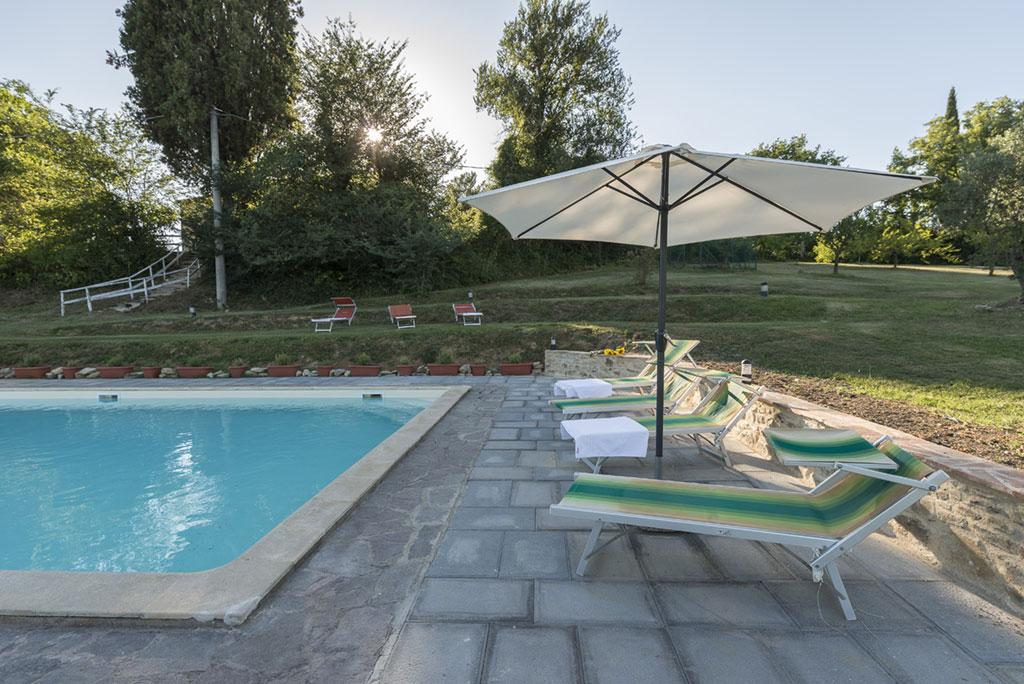 Agriturismo con piscina e con lago agriturismo biologico citt di castello umbria - San giovanni in persiceto piscina ...